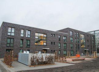Der erste Wohnkomplex der Flüchtlingsunterkunft in Bergedorf. Foto: Joachim Plingen