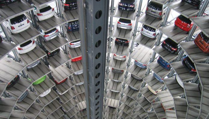 Stickstoffoxide von Dieselmotoren sind ein großes Problem. Sie sollen küftig von Elektrofahrzeugen abgelöst werden.