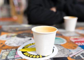 Das Studierendenwerk Hamburg will die Anzahl der Coffee-to-go-Becher deutlich senken.