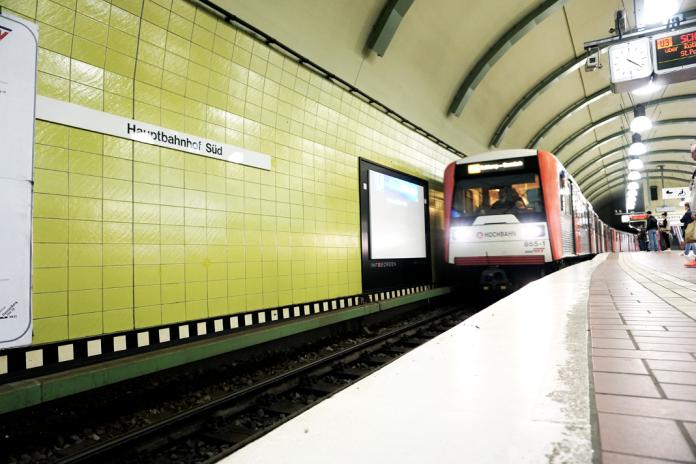 DT3-Züge Hamburg Linie U3