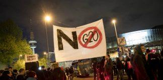G20-Gegner beim Demonstrieren in Hamburg.