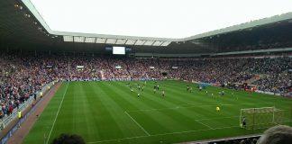 Fans, Fußballstadion, Relegation