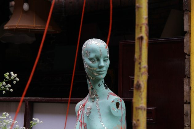 Schaufensterpuppen-Kunst. Foto: Ines Ludewig