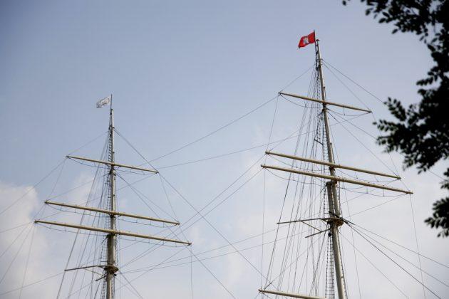 Wenn der Mast schöner ist als das Schiff. Foto: Oliver Koop