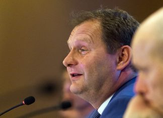 Umweltsenator Jens Kerstan Luftreinhalteplan