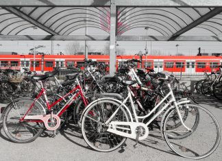 Abstellplatz, Fahrrad, Bahnstation