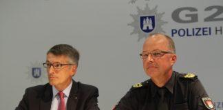 Polizeipräsident Ralf Martin Meyer und Einsatzleiter Hartmut Dudde. Foto: Catalina Langer