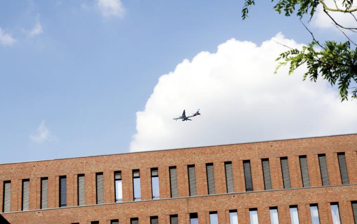 Flugzeuge Fluglärm Hamburg Winterhude Barmbek Flughafen Hamburg