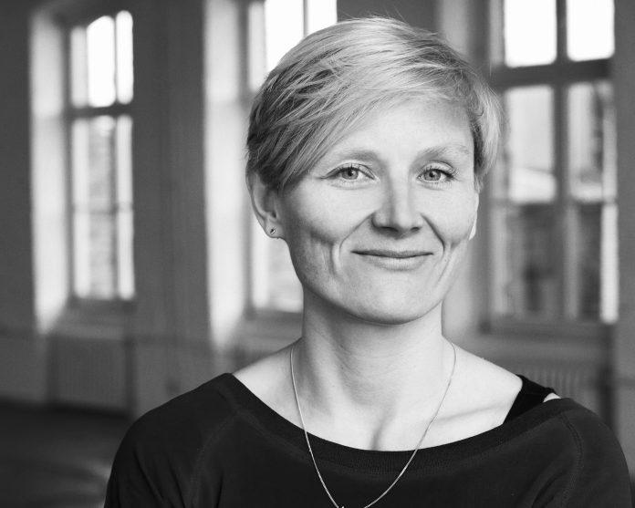 Kuratorin Ellen Blumenstein