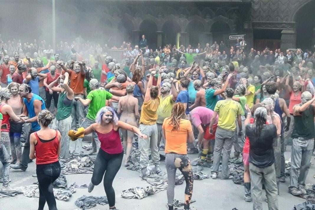 """""""1000 Gestalten"""" G20-Protest"""