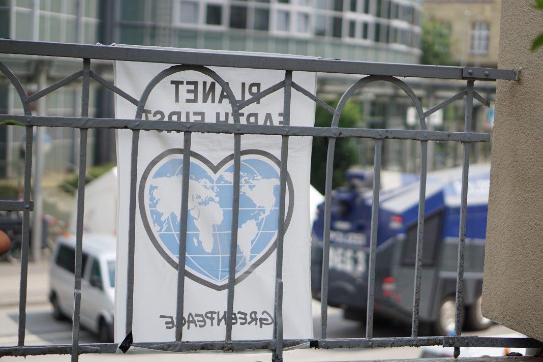 G20 Protest Klanginstallation Messehallen