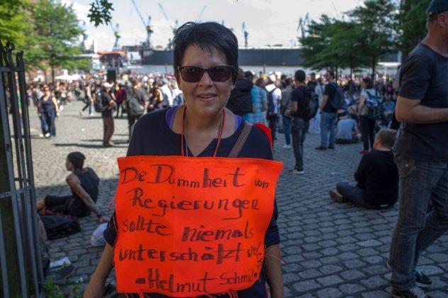 """""""Welcome to Hell""""-Demo am Fischmarkt. Foto: Oliver Koop."""