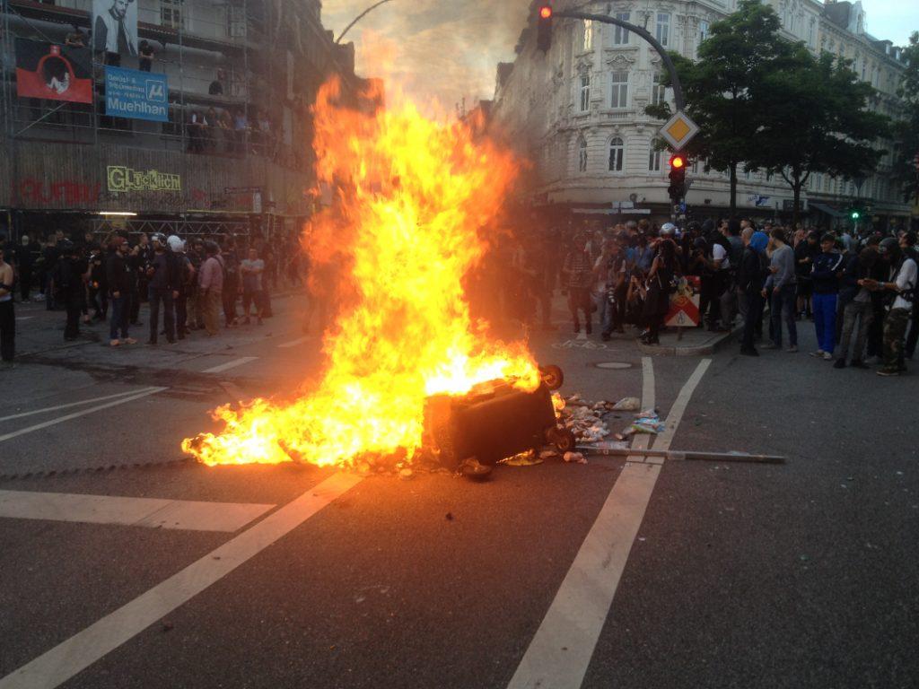 Feuer am Schulterblatt . Foto: Joachim Plingen