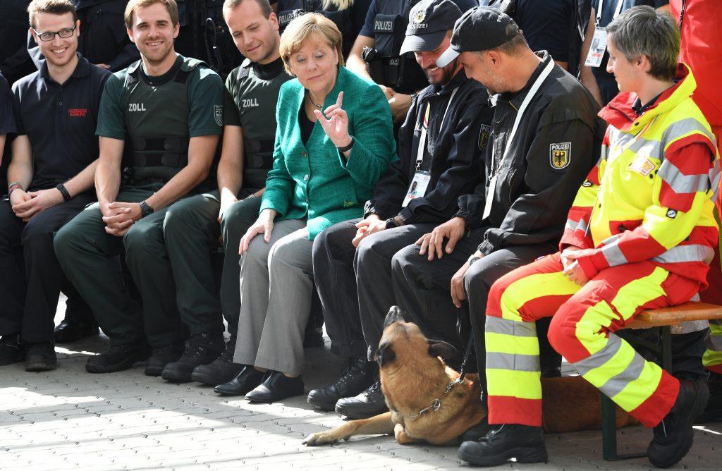 G20-Gipfel: Merkel dankt Einsatzkräften