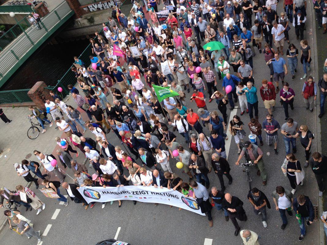 """Die Demonstration """"Hamburg zeigt Haltung"""""""