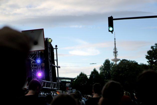 """Partyprotest bei """"Lieber tanz' ich als G20"""". Foto: Laura Lagershausen."""