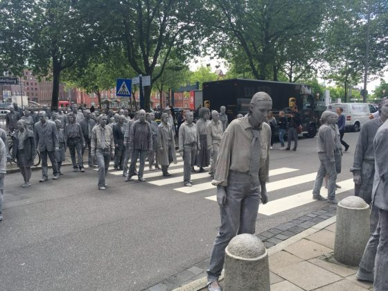 "Kunstprotest ""1000 Gestalten"". Foto: Lesley-Ann Jahn"