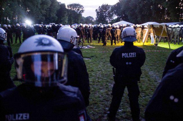 Im Protestcamp Entenwerder. Foto: Lukas Schepers