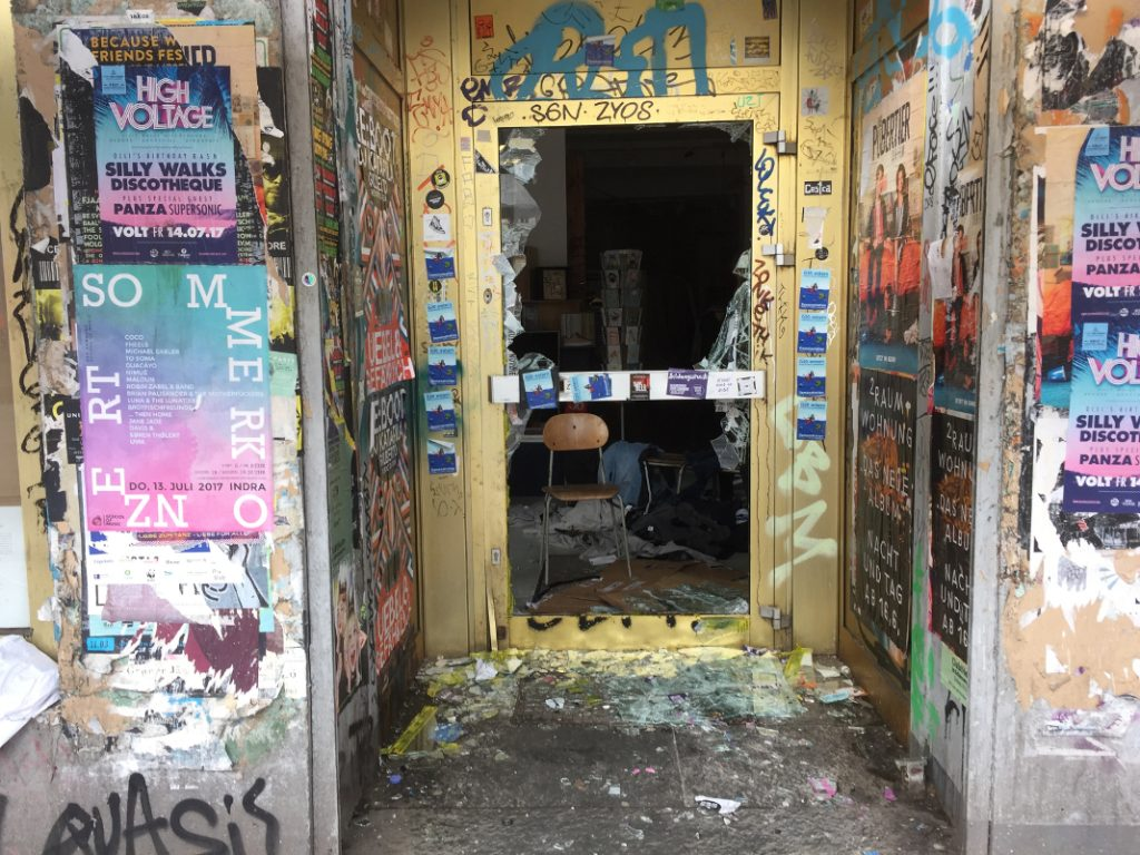 G20 in Hamburg: Zerstörter Laden in der Schanze.