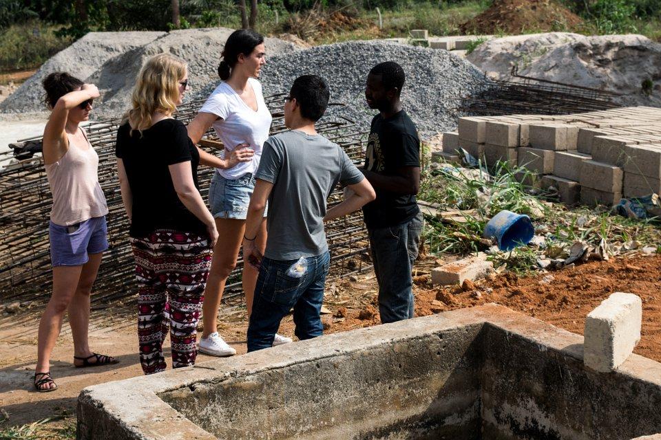 Das Yonso Projekt: Die Grundmauern der Schule stehen schon.