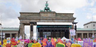 Demonstration am 22.10.2017 gegen Einzug der AfD in den Bundestag. Bild: dpa