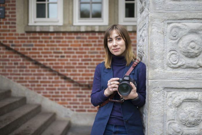 Valeria – eine von vier Journalismus-Studierende aus Russland die die HAW Hamburg besuchten. Foto: Harriet Dohmeyer