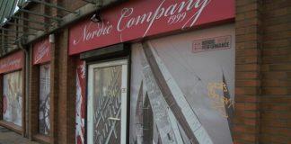 Nordic Company: Die Schaufenster sind mit blickdichter Folie beklebt. Foto: Mats Mumme