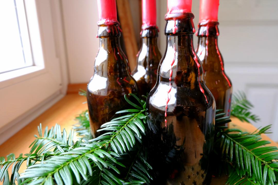 Adventskranz aus Bierflaschen