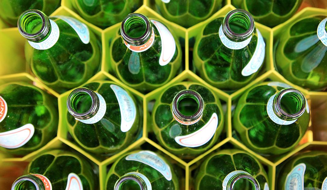 Lebensmittelmythen zu viel Wasser trinken