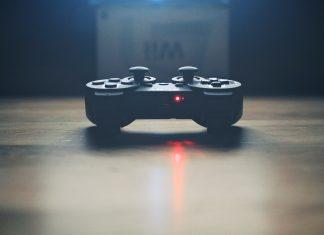 Gaming, Kontroller, Games-Branche