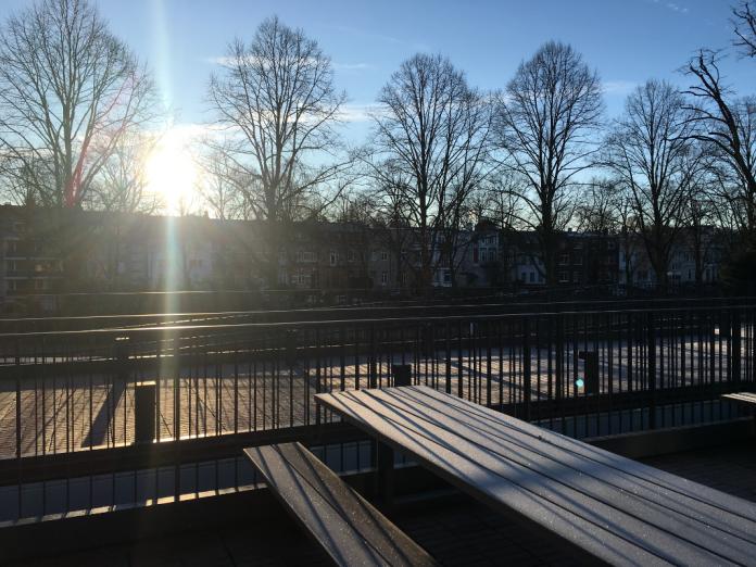 Sonniger Wintertag an der HAW. Foto: Laura Lagershausen