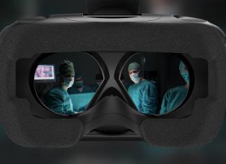Mit der Virtual Reality Brille in den virtuellen OP-Saal. Alle Fotos: VIREED