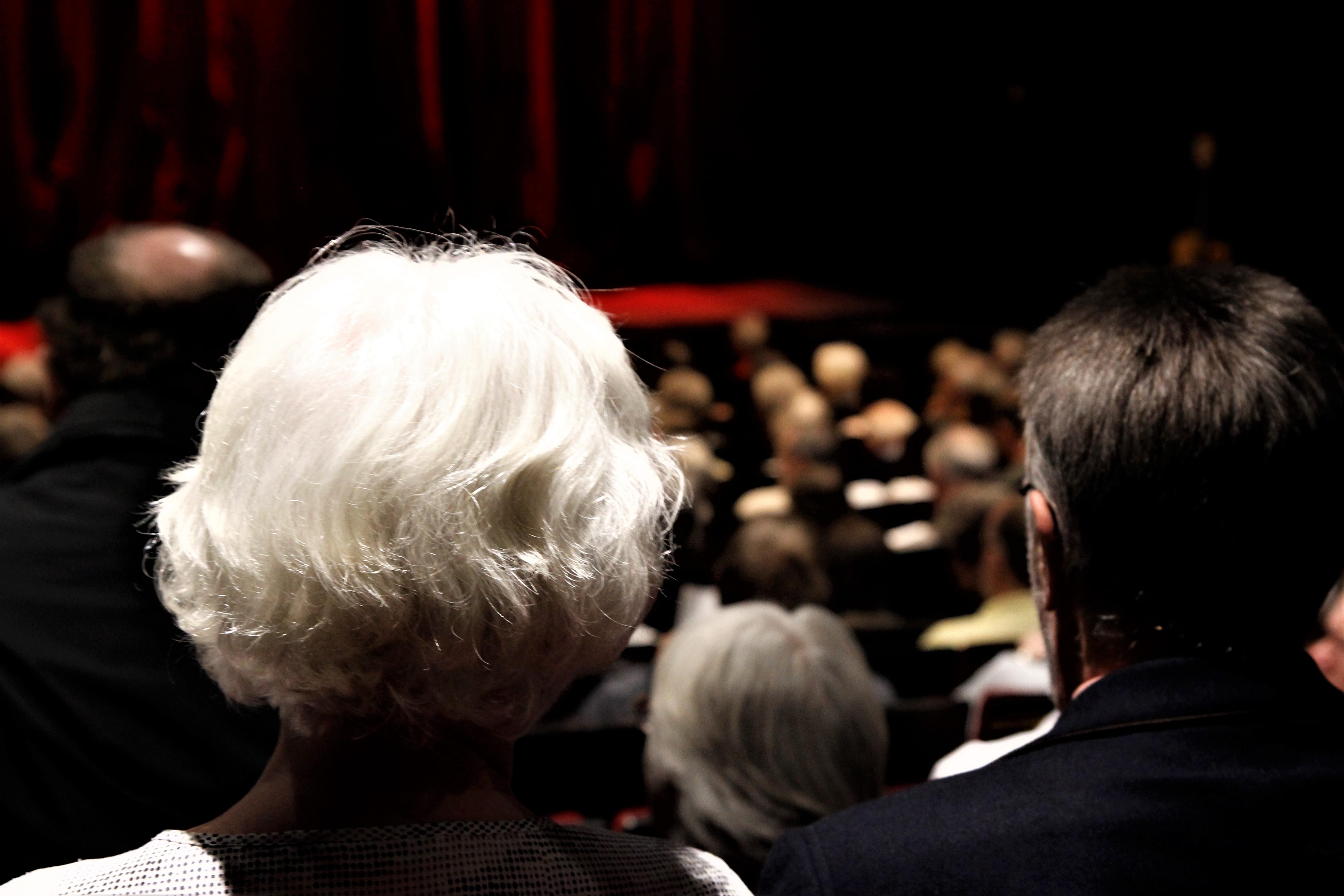 Das Publikum im Ohnsorg-Theater ist älter als in anderen Hamburgern Schauspielhäusern. Foto: Tobias Zuttmann