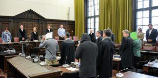Salafisten vor dem Landgericht Hamburg
