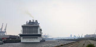 Ein Kreuzfahrtschiff im Hamburger Hafen. Foto: Lennart Albrecht