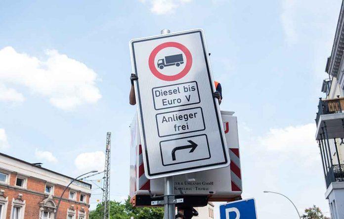 Die Fahrverbote ab dem 31. Mai 2018. Foto: Daniel Bockwoldt/dpa