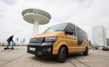 """Der """"On-Demand-Shuttle MOIA"""" der VW-Tochter MOIA ist auf dem New Mobility Day in der Hafencity zu sehen."""