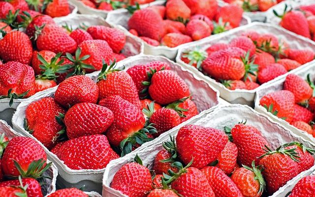 Die Erdbeersaison hat begonnen. Im Quiz findest du heraus, wie gut du dich mit Erdbeeren auskennst. Foto: Pixabay