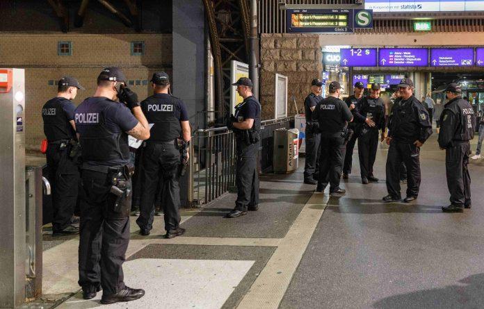 Waffenkontrollen der Polizei Hamburg.