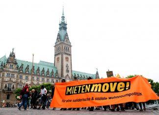 """Am 02. Juni haben einige tausend Demonstranten beim """"Mieten-Move"""" für eine bessere Wohnungspolitik in Hamburg protestiert."""