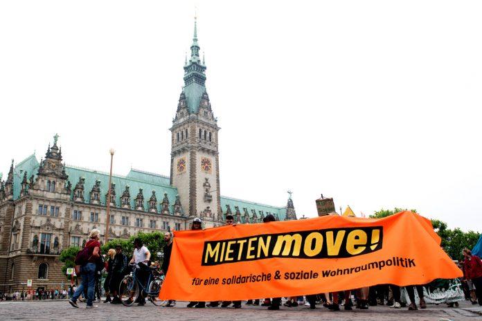 Am 02. Juni haben einige tausend Demonstranten beim