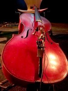 """Das Cello von Nicola Baroni auf dem """"Klingt gut"""" Symposium."""