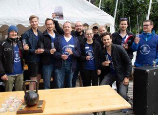 Das Team der HAW nach der Regatta. Foto: Ted Koob