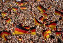 Menschenmenge Fußball WM