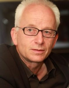 Robert Hodel ist Slavistik-Professor an der Universität Hamburg.