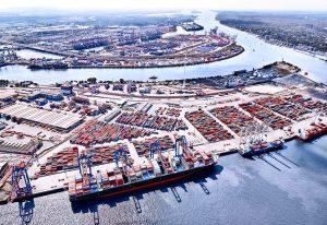 Ein Hafenentwicklungsplan soll den Hafen langfristig emissionsfrei machen.