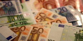 Trickbetrüger erbeuten 30.000 Euro