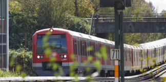 Die S-Bahn auf dem Weg nach Pinneberg.