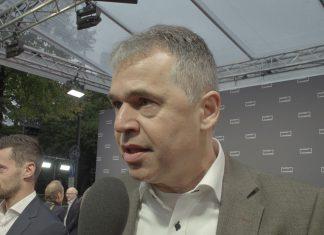 """Andreas rettig im Interview am Roten Teppich beim Film """"Mario"""""""