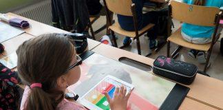 Im Rahmen des Digitalpakt Schule investiert der Bund bis 2024 fünf Milliarden Euro in den technischen Fortschritt an Schulen. Foto: pixabay